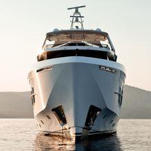 Q.M. Yacht
