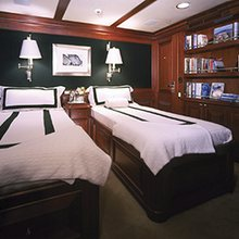 Focus Yacht Twin Stateroom
