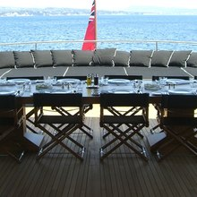 MP5 Yacht Exterior Dining