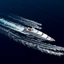 H Yacht Running shot with tenders