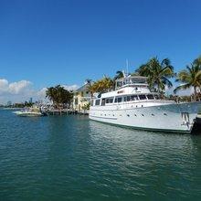 Lady Chateau Yacht