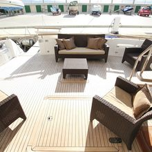 UTwo Yacht
