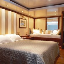 Ariete Primo Yacht Stateroom with Seating