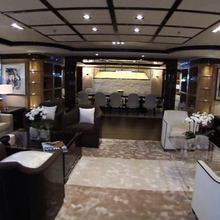 Vision Yacht Salon & Dining