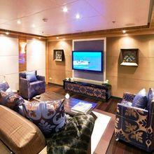 Hokulani Yacht TV Lounge