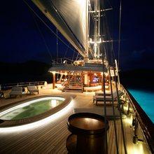 EOS Yacht