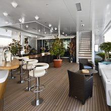 Samar Yacht Bar