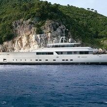 Exuma Yacht External
