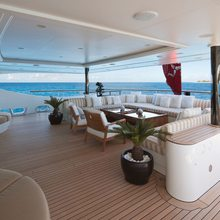 Vision Yacht Main Deck