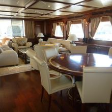Ferretti Custom Line 97' Yacht
