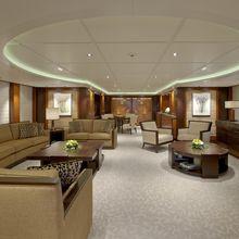 Huntress Yacht Lounge