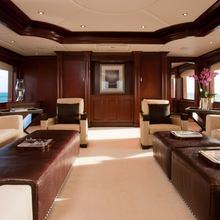 Bouchon Yacht Skylounge