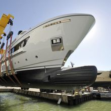 X Yacht