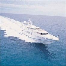 Lady Arraya Yacht Running Shot - Front View