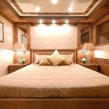 Force India Yacht Double Stateroom - Overview