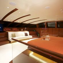 Dragonfly Yacht Master Stateroom