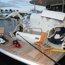 Short Story Yacht
