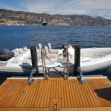 MP5 Yacht Tender & Swim Platform