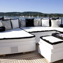 Pure One Yacht Aft Deck - Seating