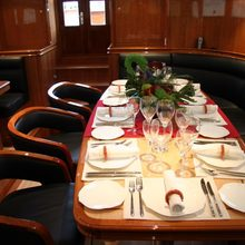 Seabiscuit Yacht Dining Table