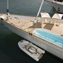 M5 Yacht Aerial View - Pool