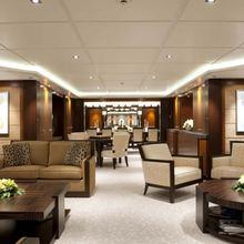 Huntress Yacht Main Deck Salon