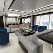 Bossy Yacht