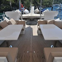 Ubi Bene Yacht Aft Deck Seating