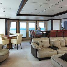 Harle Yacht Main Salon