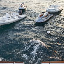 Fan Too Yacht