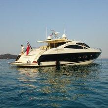 Parve Yacht