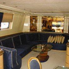 Salamandra Yacht