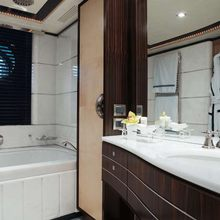 Caoz 14 Yacht VIP Bathroom