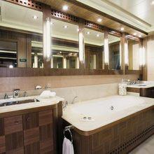 Force India Yacht VIP Bathroom
