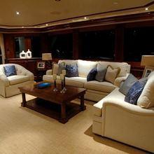 Nina Lu Yacht Saloon