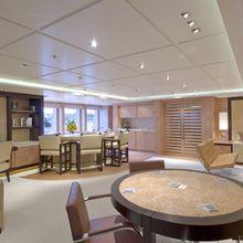 Huntress Yacht Bridge Deck Salon - Cards