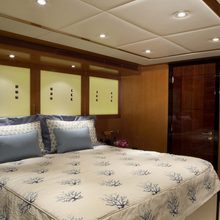 Reef Chief Yacht Guest Stateroom