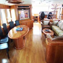 Netty Elaine Yacht