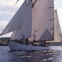 Kentra Yacht