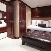 Bouchon Yacht Twin Stateroom