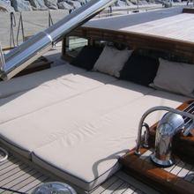 Seabiscuit Yacht Sunpads