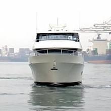 Untethered Yacht