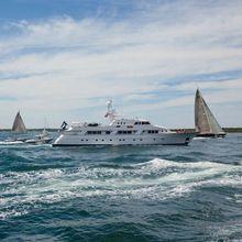 Rena Yacht Running Shot