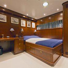 Sea Eagle Yacht Single Cabin (pullman)