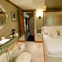 Il Sole Yacht Stb Double guest