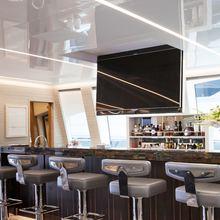 Apricity Yacht Bar