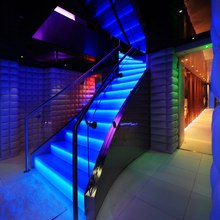 Nonni II Yacht Illuminated Stairs - Waterfall Effect