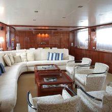 Dester Yacht