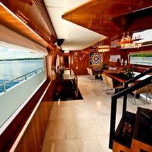 Zenith Yacht Salon - Window