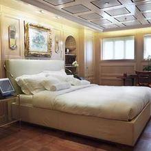 Samar Yacht VIP Stateroom